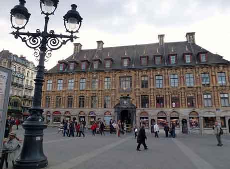 A la découverte de la vieille bourse de Lille